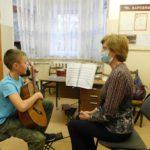 16 октября 2020 г. прошел открытый урок преподавателя по классу гитары Ахтырской О. И.
