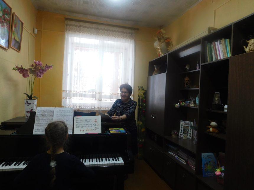 19 февраля 2021 г. прошел открытый урок в классе фортепиано преподавателя Лавровой О.И.