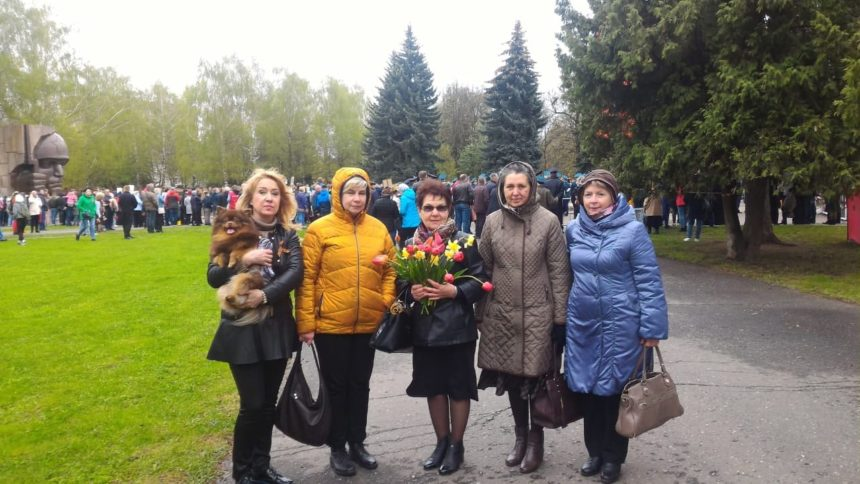 Преподаватели школы приняли участие в торжественном митинге, посвященном 76-годовщине Победы советского народа в Великой Отечественной войне 1941-1945 годов.