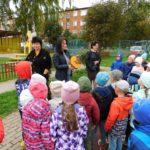 14 сентября 2021 г. преподаватели школы встретились на прогулке с воспитанниками детского сада №10 «Радуга».